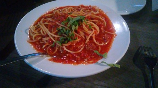 Wayland, MI: Spaghetti: Average at best