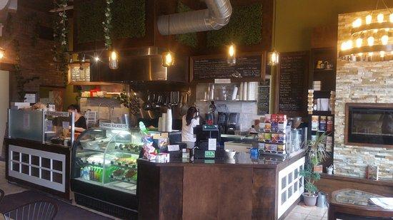 Bolton, Canada: Naked Cafe