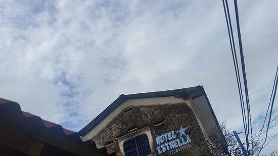 Hotel Estrella: 20161125_085858_large.jpg