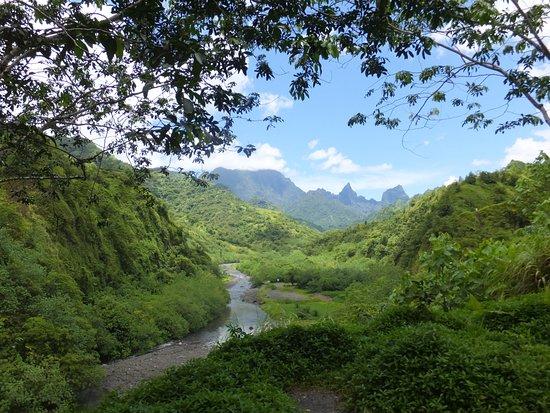 Arue, French Polynesia: superbe paysage du coeur de Tahiti