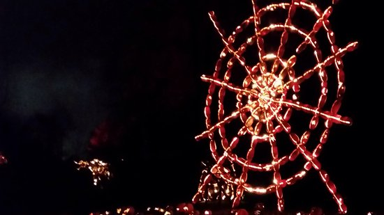 Croton on Hudson, NY: Spider web made of carved pumpkins