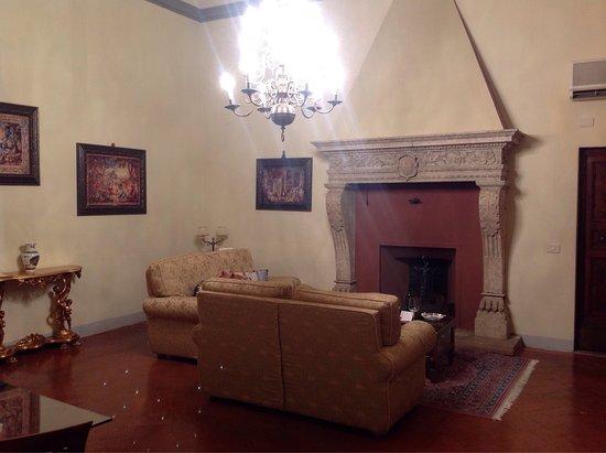 Palazzo Magnani Feroni: photo4.jpg