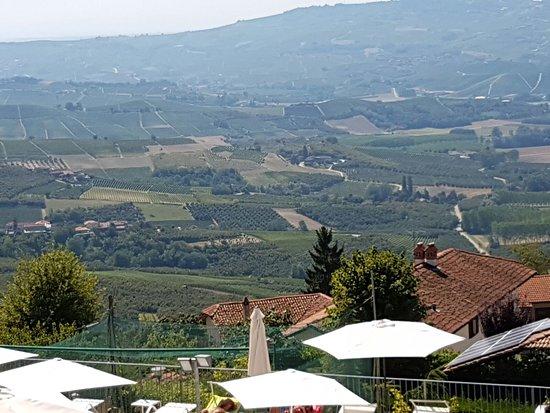 Diano d'Alba, Italien: Ai Tardi