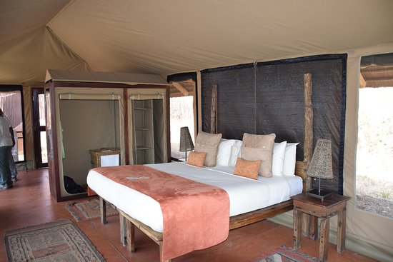 Tenti interior - Bild von Little Oliver\'s, Asilia Africa, Tarangire ...