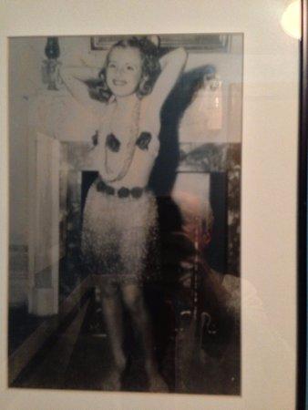 Sel et Poivre: Men's room charm