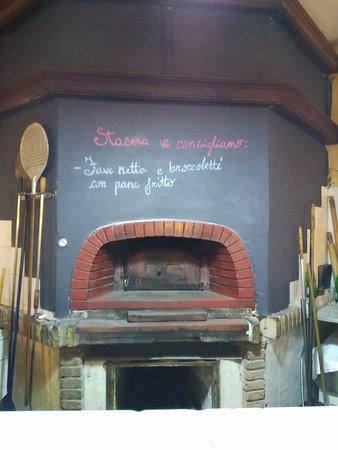 Manziana, Ιταλία: TA_IMG_20161126_225101_large.jpg