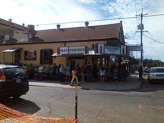 Picture of parkway bakery tavern new for Parkway new orleans