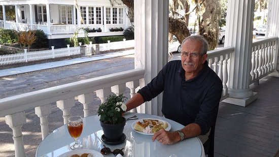 The Rhett House Inn: Thanksgiving dinner on the veranda