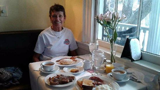 The Rhett House Inn: our hearty breakfast