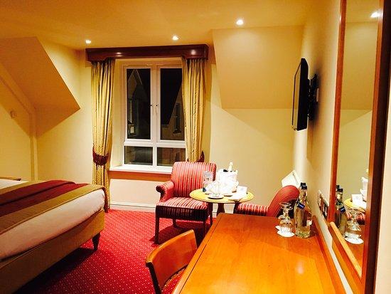 Galway Bay Hotel: photo2.jpg