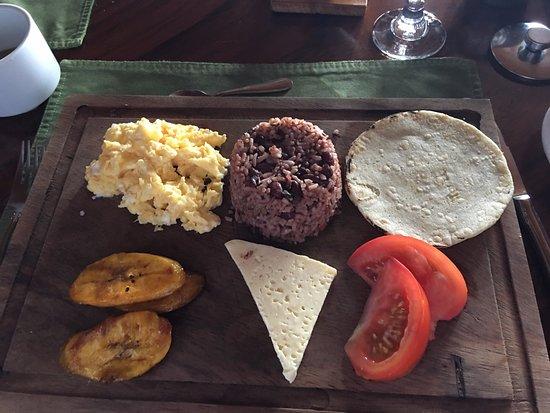 Hotel Belmar: Traditional Gallo Pinto