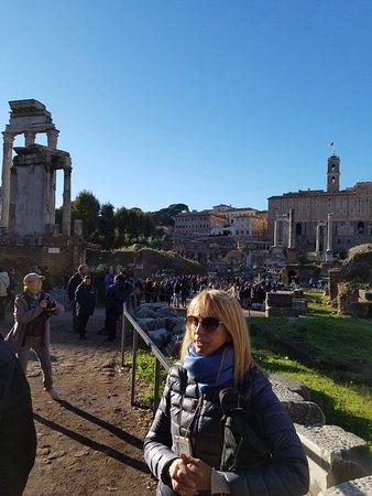 Your Rome Tour - Rome Tours: Teresa at Roman Forum