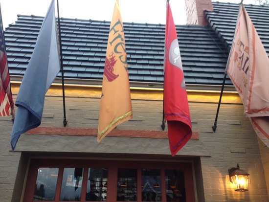 Fairport Brewing Company: Flags