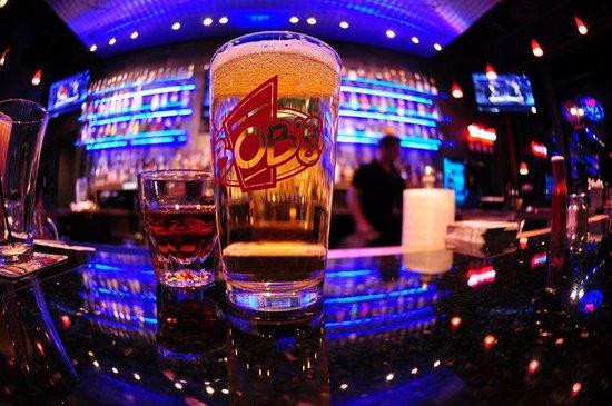 East Wenatchee, WA: Ice Cold Beer at Bobs