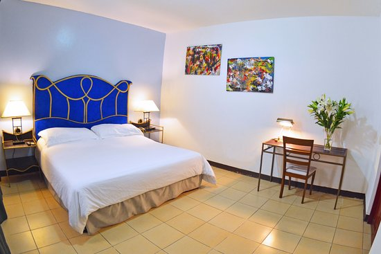 Angel Azul Hotel Boutique: Cómoda habitación con cama king size