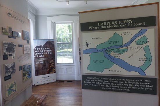 Visitor Centre - exhibition on the history of Harpers Ferry (3)