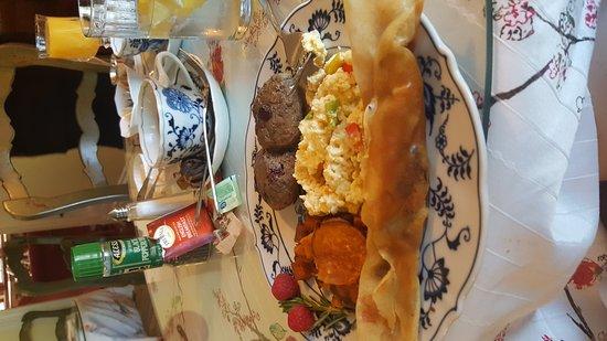 Grandview Bed and Breakfast: 20161002_091330_large.jpg