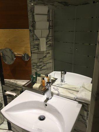 希爾頓斯魯森酒店照片