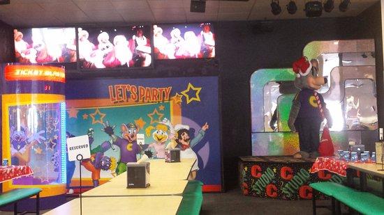 Studio C Christmas.Joplin S Unique Studio C Gamma Show Stage Christmas