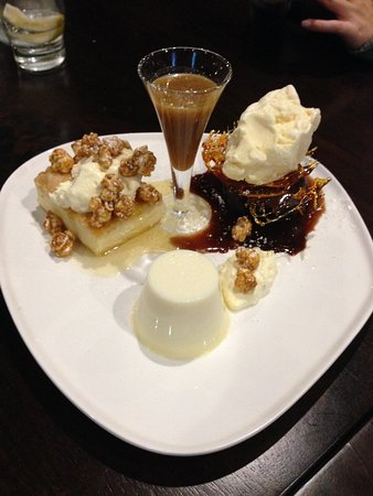Marcoola, Australia: Desert to expand the stomach and so sweet to the eye. Not telling you, got to try for yourself.