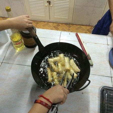 Saraphi, Tailândia: Spring rolls, so good