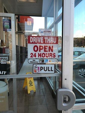 Dunkinu0027 Donuts: Front Door