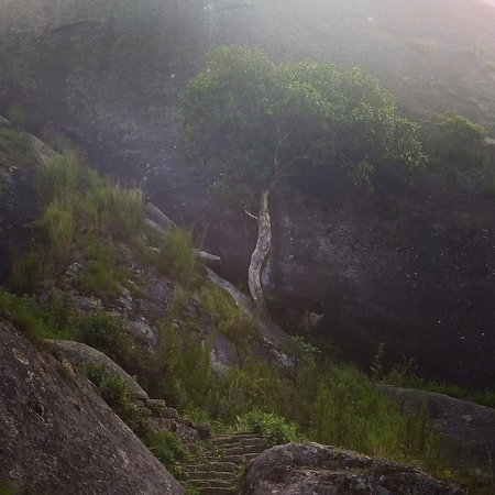 Nongstoin, Indien: Kyllang Rock