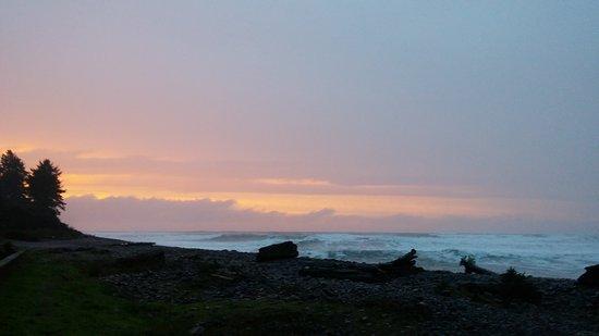 Lanai at the Cove: 1105161754_large.jpg