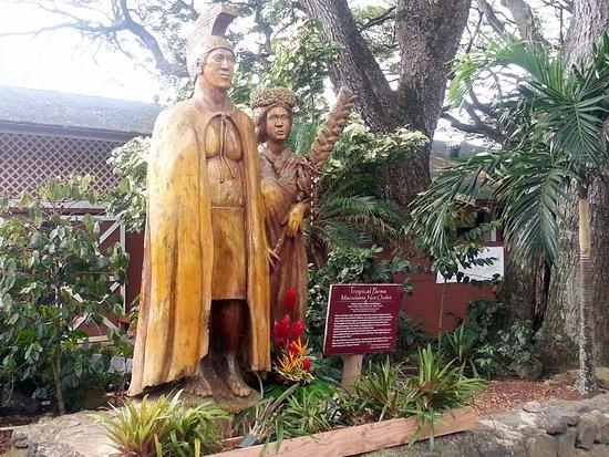 Kaneohe, Havai: statue of Harry & Mary Lake