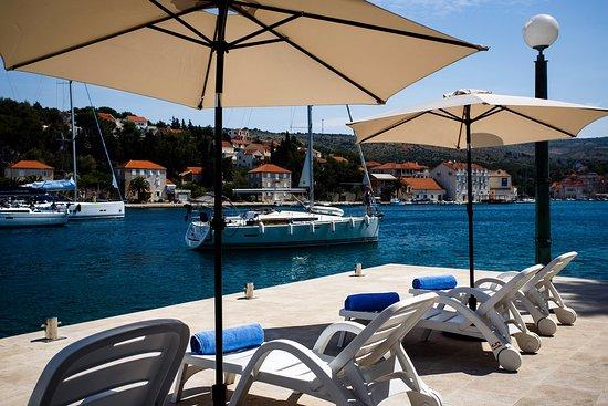 Waterman Milna Hotel & Marina