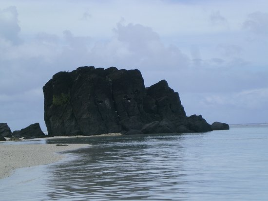 Black Rock Beach: The water is much warmer around this rock so on a cooler day, it's good to snorkel close to the