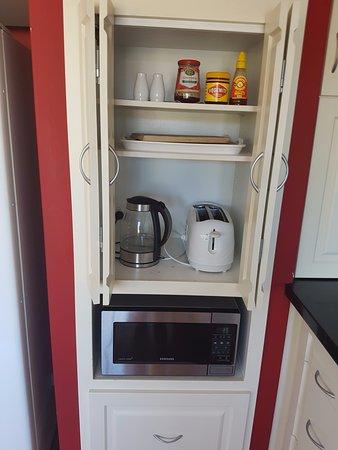 Joondalup, Australia: shared kitchen - kettle & toaster