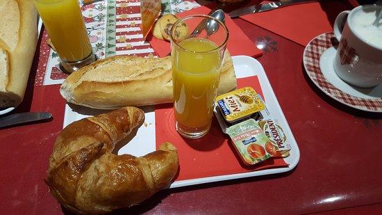 Neuf-Brisach, France: Formule petit déjeuner,
