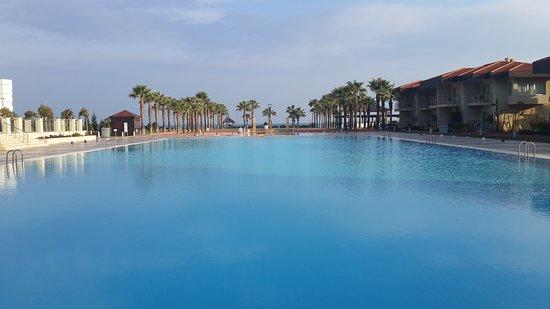 Radisson Blu Resort & Spa, Cesme : Denize sıfır konum