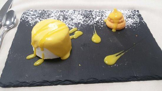 Civita Castellana, Italia: Mousse ghiacciata al limone