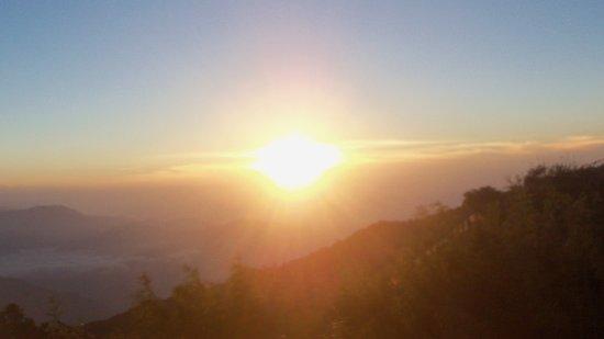 Sunrise in Tiger Hill (Photo - 3).