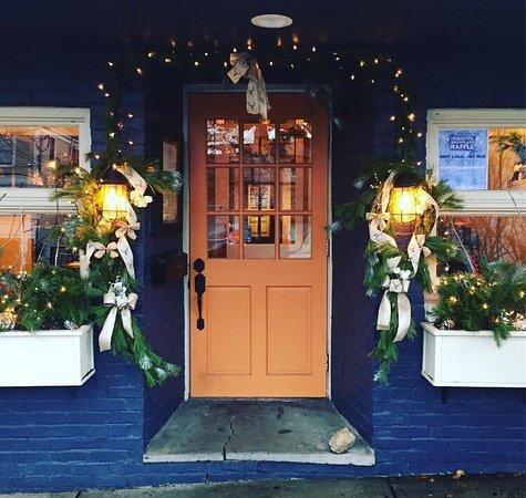 Bristol, RI: Statesman Tavern