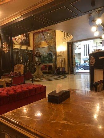 Queen's Suite Hotel: photo0.jpg