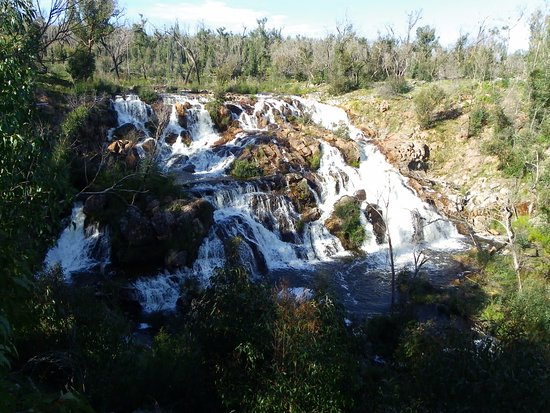 Hamilton, Australia: The beauty of McKenzies Falls