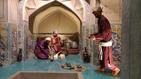 Hamam-e Ali Gholi Agha: Y otra.