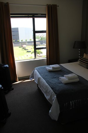 Westpoint Executive Suites: View from Master bedromm