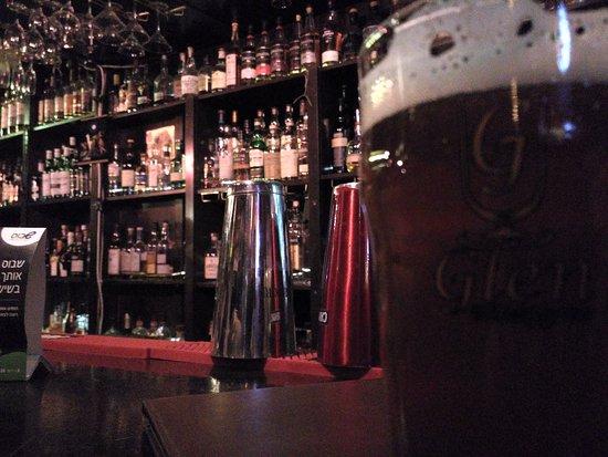 Glen Whisk(e)y Bar: Lot of whiskey