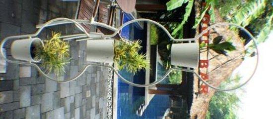 Cepu, Ινδονησία: hanging