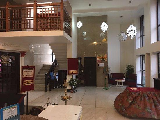 Henkala Hotel: Reception area