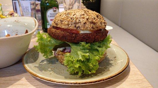 My heart beats vegan karlsruhe restaurant bewertungen for Burger in karlsruhe