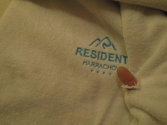 Resident Resort Harrachov: Dziurawe ręczniki w łazience.