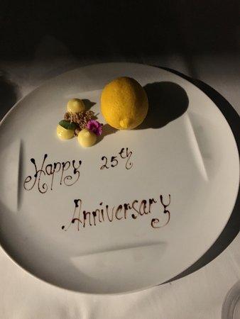 Kayuputi at St. Regis Bali Resort: Spectacular dessert. Looks like a real lemon, but inside it's a mind-blowing creation.