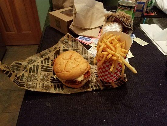 Greenwood, IN: chicken sandwich