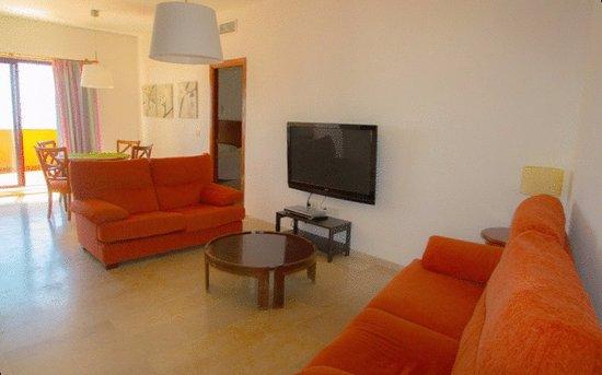 Apartamentos Turisticos Don Juan: Two Bedroom Lounge