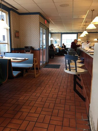 Mount Vernon, IL: The Waffle Company